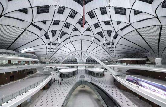 图为北京大兴机场内部照片