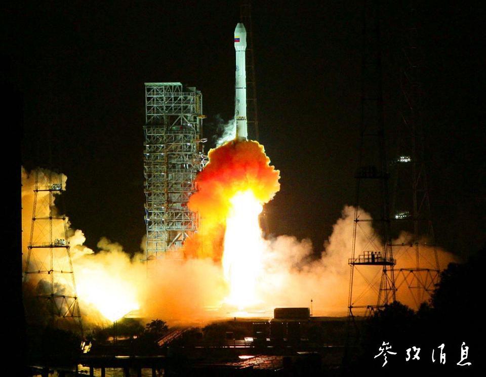 中国西昌卫星发射中间