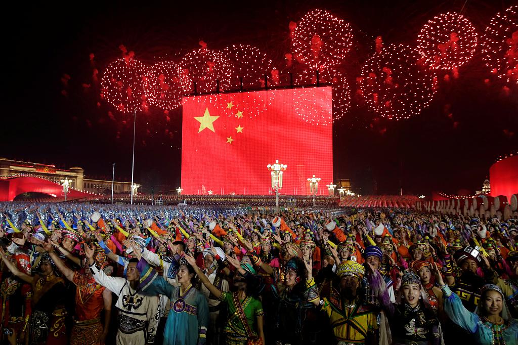 武汉开发区新政:高端人才父母来生活每人年补2万元