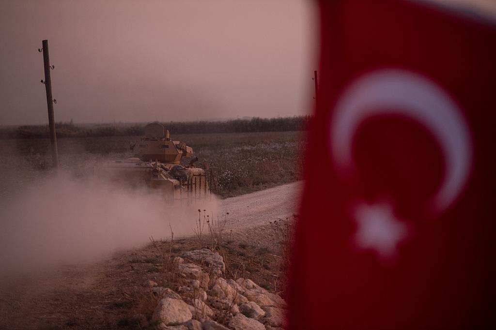 【蜗牛棋牌】特朗普:库尔德人不是天使 库尔德工人党比IS恶劣