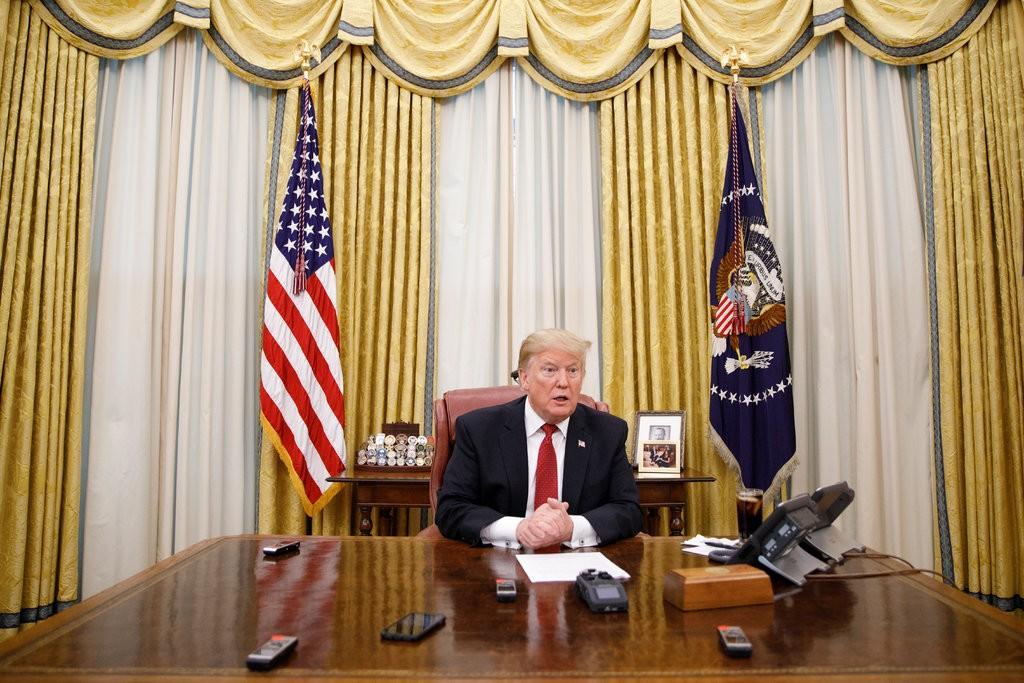 1月31日,特朗普接受《纽约时报》专访  图源:《纽约时报》