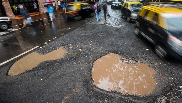 位列世界第六大经济体 印度为啥还是修不好自己的路?