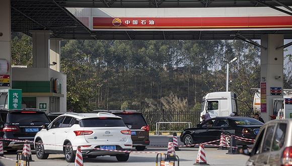 2019年1月21日,广东清远,中国石油加油站。来源:视觉中国