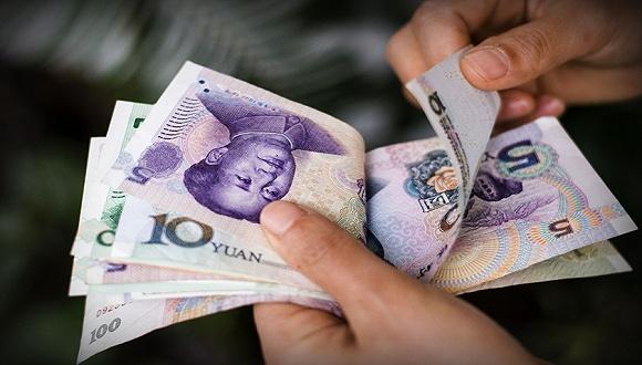 专家:中国应确保人民币不被高估