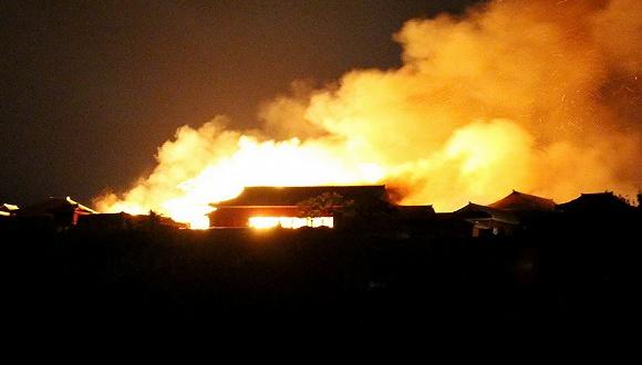 2019年10月31日,日本冲绳县那霸市,位于冲绳岛南部的天下文化遗产首里城(Shuri Castle)突发火警。图片泉源:视觉中国