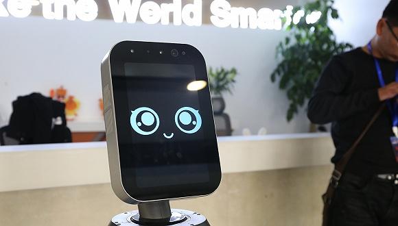 獵豹傅盛:智能服務機器人為實體經濟實現數據化