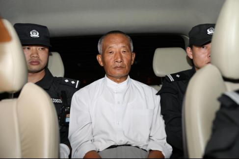 外逃22年的职务作恶疑心人张德友被抓捕归案(欧昌浩/摄)