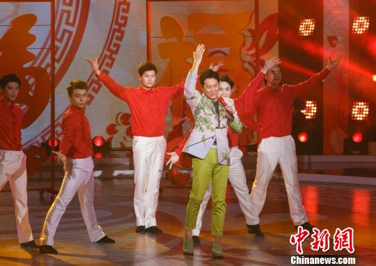 """歌坛""""常青树""""蔡国庆:希望歌者不被快餐文化"""