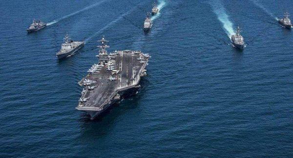 图为美国海军航母战斗群