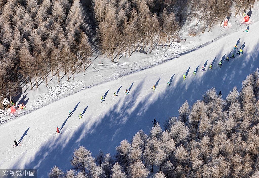 崇礼万龙滑雪场_河北100多家景区实行门票优惠,张家口多家滑雪场参与|崇礼|滑雪 ...