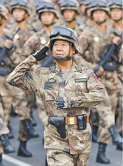夏俊友少将