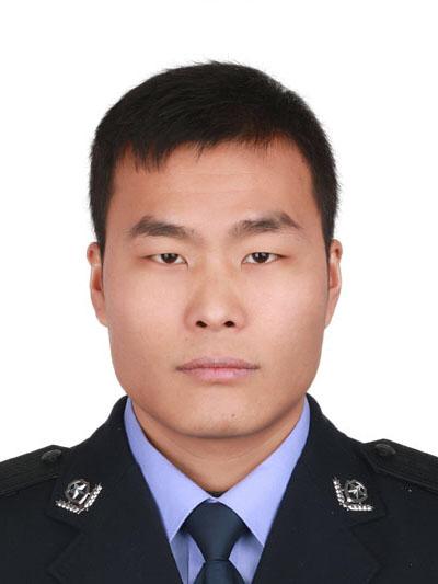 民警马金涛。贵阳市公安局官网