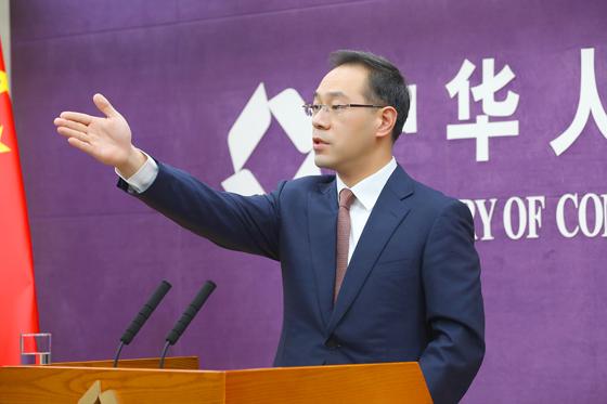 联明股份收购控股股东无实际经营子公司 增值率124%