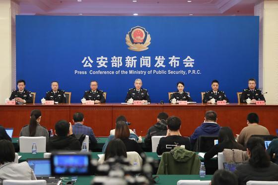 西藏军区高原实兵演习红军未闻硝烟通信装备就失明