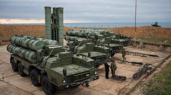 图为俄罗斯S-400防空导弹编制