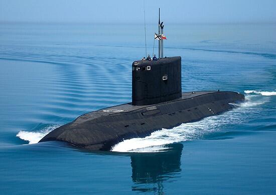 原料图:顿河畔罗斯托夫号潜艇