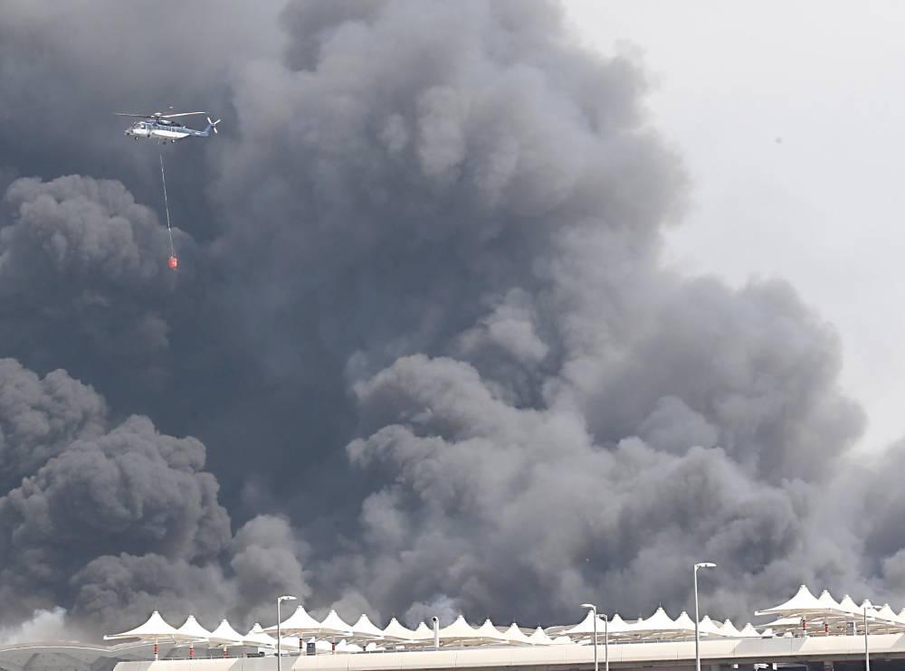 """【蜗牛棋牌】沙特""""中东最快高铁""""一座车站发生大火 原因不明"""
