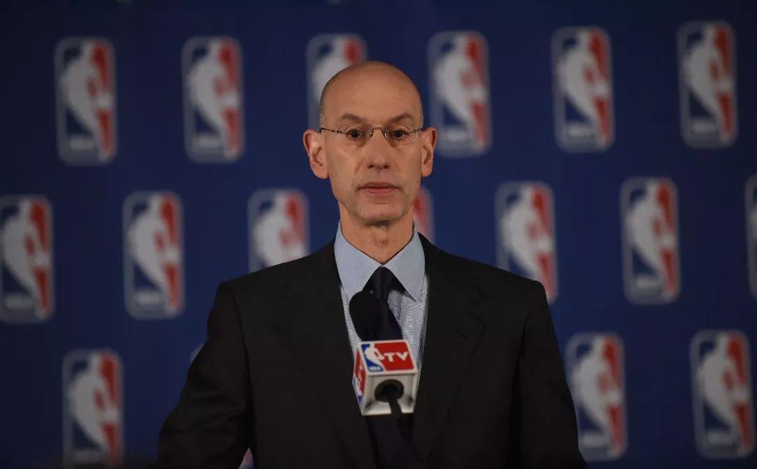 △2014年4月29日,NBA公布对斯特林处罚,终身禁赛并罚款250万美元