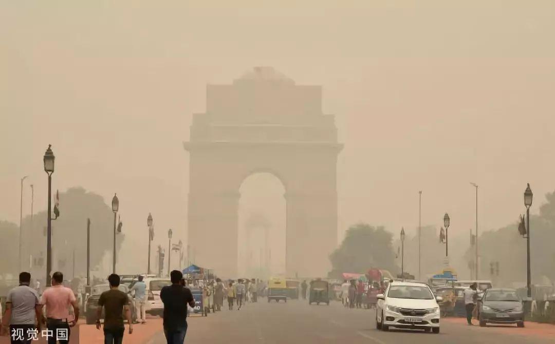▲当地时间11月2日,印度新德里雾霾严重。