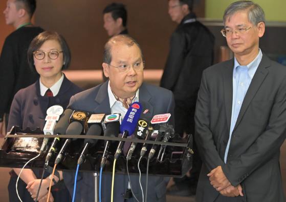 香港政务司司长张建宗提醒年轻人勿自毁前程(图源:《星岛日报》)
