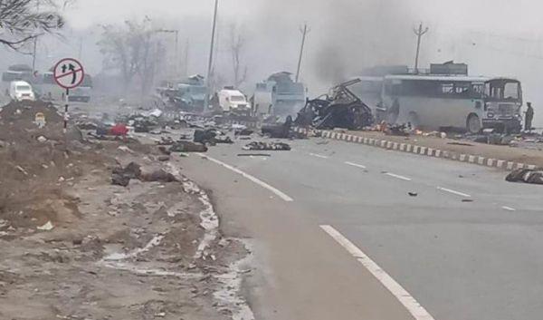 中方谈印控克什米尔遇袭事件:望印巴保持克制
