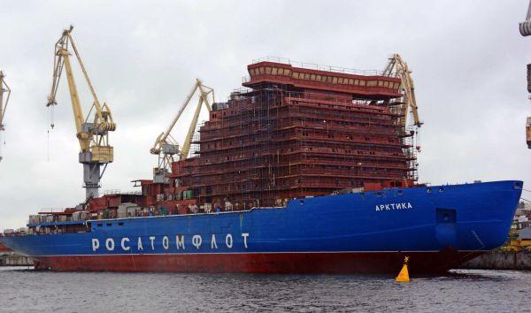 """资料图片:在建中的俄罗斯""""北极""""号核动力破冰船。(图片来源于网络)"""