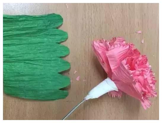 一款精美手工折纸纸藤康乃馨制作方法