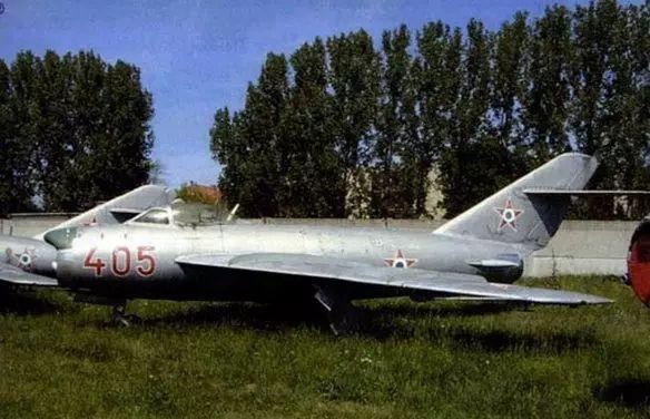 朝鲜米格31战斗机_盘点:中国歼系战机大全,从歼1到歼31_新浪新闻
