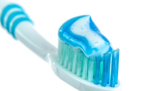 歐洲研究稱每天刷牙3次以上 或降低患心臟病風險