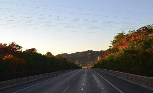 河北承德今年新改建农村公路1000公里