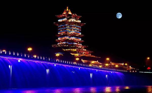 位于四川省绵阳市龟山之巅的越王楼