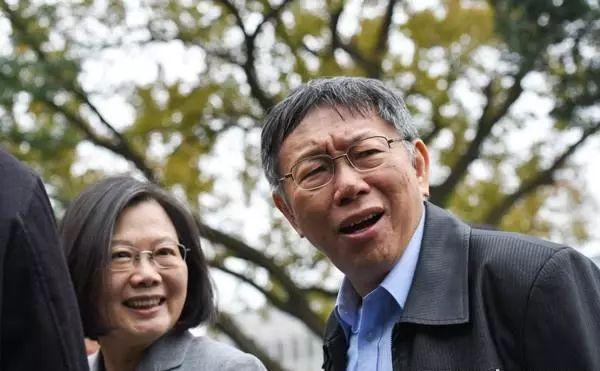 """罗智强:蔡英文想复制2000年""""阿扁模式""""连任"""