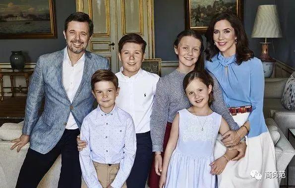 丹麦王妃玛丽照片_丹麦王储50岁生日,和平民王妃恩爱15年,半个欧洲皇室戴皇冠来捧场!