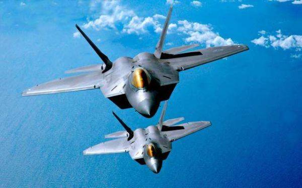 图为美空军隐身战斗机
