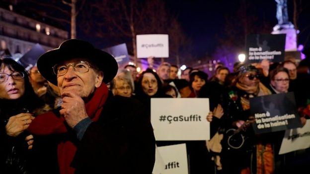 法国民众走上街头抗议。(图:法新社)