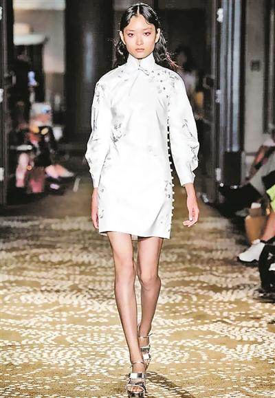 四大时装周揭示未来一季潮流趋势