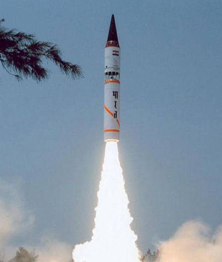 原料图:烈火5洲际弹道导弹