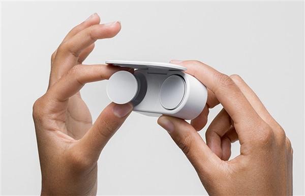 Surface之父:微软真无线耳机推迟至韩城市年上市