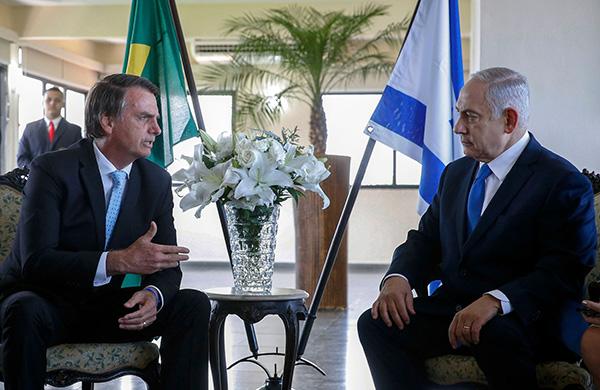 当地时间2018年12月28日,巴西里约炎内卢,以色列总理内塔尼亚胡访问巴西,会见巴西总统博索纳罗。视觉中国 图