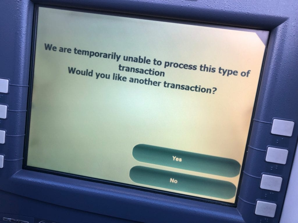 无法使用的ATM机 图源:美媒