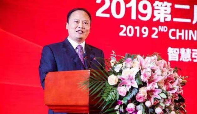 中国慈善联合会:去年现金捐赠超千亿元 创新高