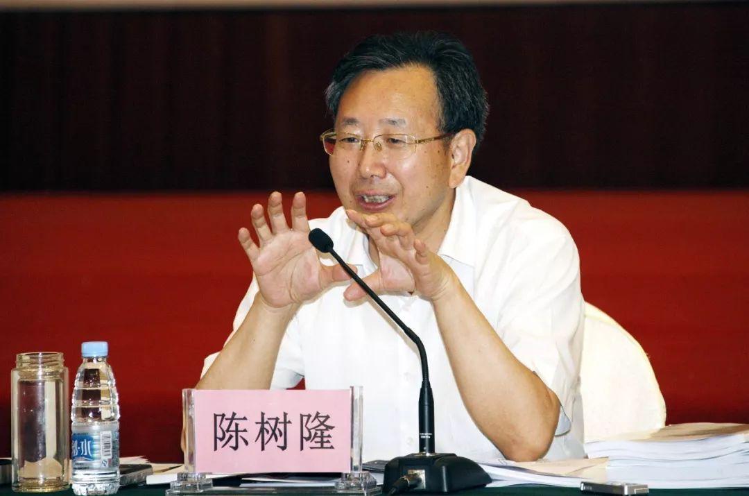"""""""股神省长""""覆灭:1998年入市 327国债事件一战成名"""
