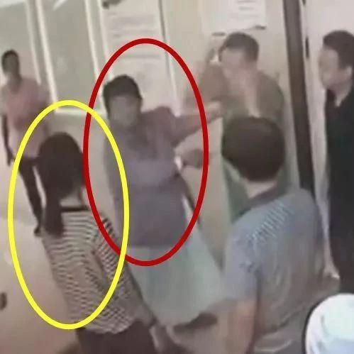"""北大医院伤医事件最新进展如何!""""西城警讯""""通报瞬间刷屏!"""
