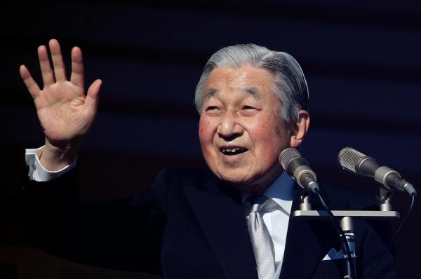 当地时间2019年1月2日,日本东京,日本皇室举走新年朝贺运动,明仁天皇发外任内末了一次新年致辞,吸引大批民多前来不雅旁观。东方IC 图