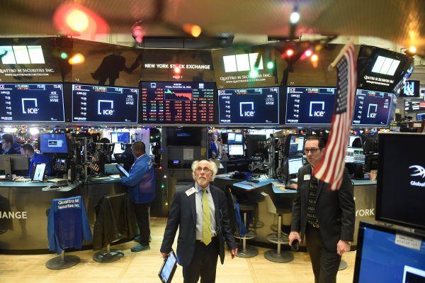 21日,纽约股市三大股指大幅下跌。路透社