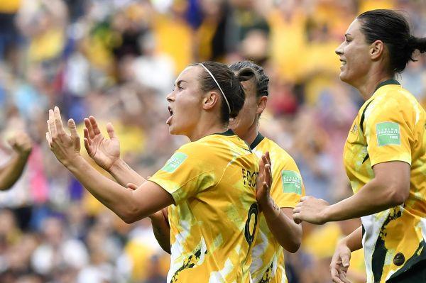 资料图:澳大利亚女足国家队在今年6月法国女足世界杯上。新华社记者陈益宸摄