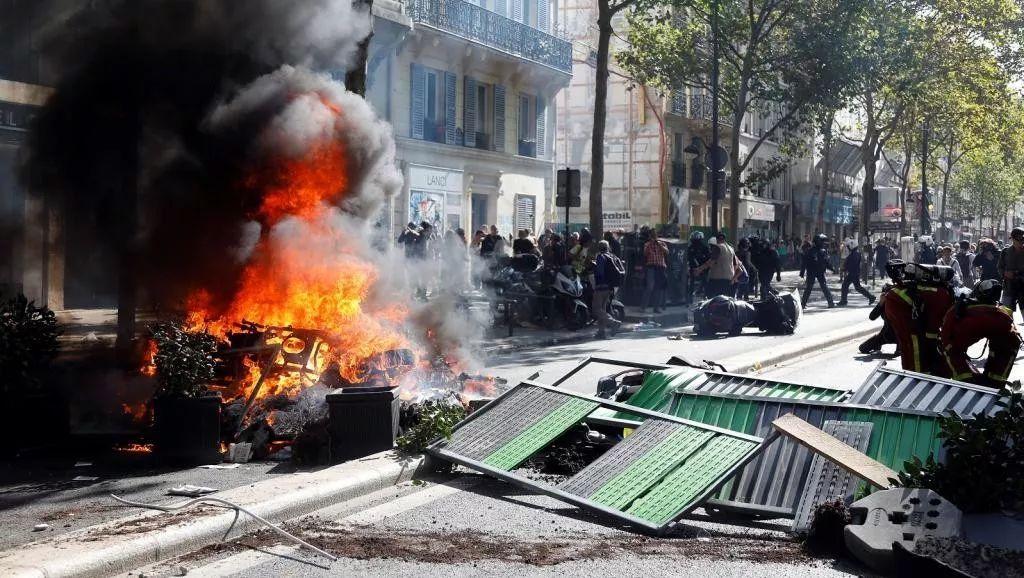 9月21日的巴黎街头 图源:外媒