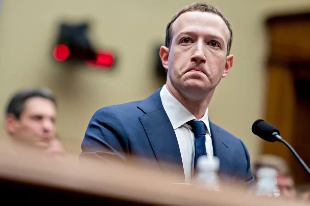 Facebook的创首人、董事长兼首席实走官Mark Zuckerberg