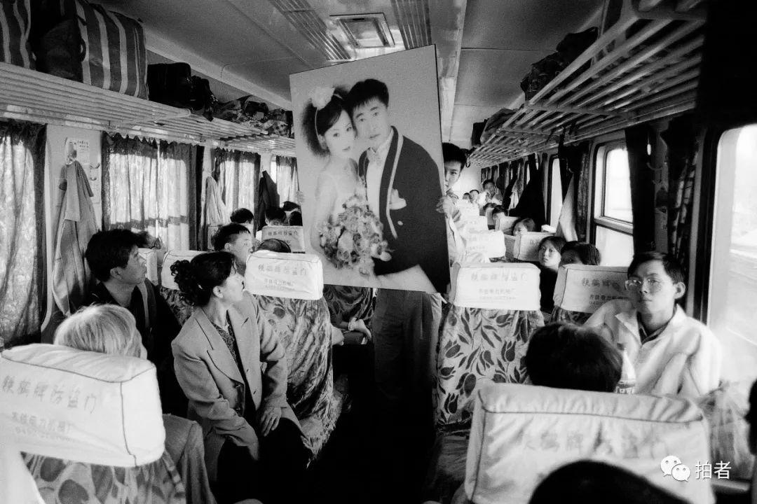 在人间| 耶鲁艺术留学生的2000张自拍照:机票越来越贵,头发越来越长