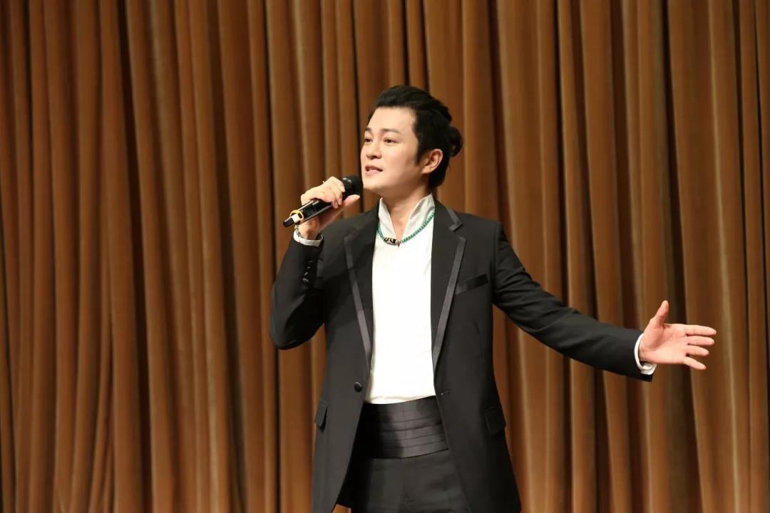 青年歌唱家林羽独唱《祖国慈祥的母亲》